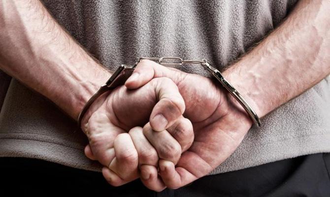 Известного футболиста арестовали за причастность к семи преступлениям: фанаты в шоке