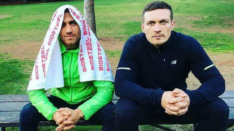 Знай наших: Василий Ломаченко и Александр Усик попали в тройку лучших боксеров мира