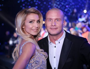 «За руку не поймала»: Марина Узелкова впервые рассказала о разводе с боксером и его любовнице