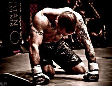 «На пике своей спортивной вершины»: Легендарный чемпион UFC объявил о завершении карьеры